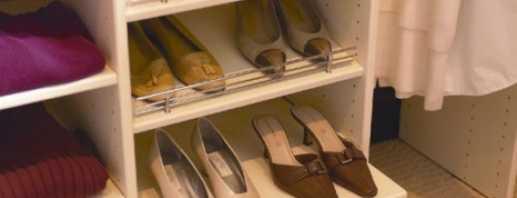 Comprend des étagères pour chaussures pour l'armoire, comment choisir