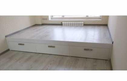 Fabrication de lit de podium à faire soi-même, outils nécessaires