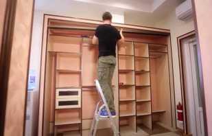 Fabriquer une armoire intégrée de vos propres mains, conseils utiles