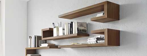 Recommandations pour placer des étagères au-dessus d'une table à l'intérieur de différentes pièces