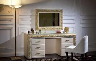 Modèles populaires de coiffeuse avec miroir dans la chambre, leurs avantages