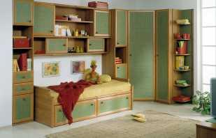 Caractéristiques du choix des meubles dans la pépinière du garçon