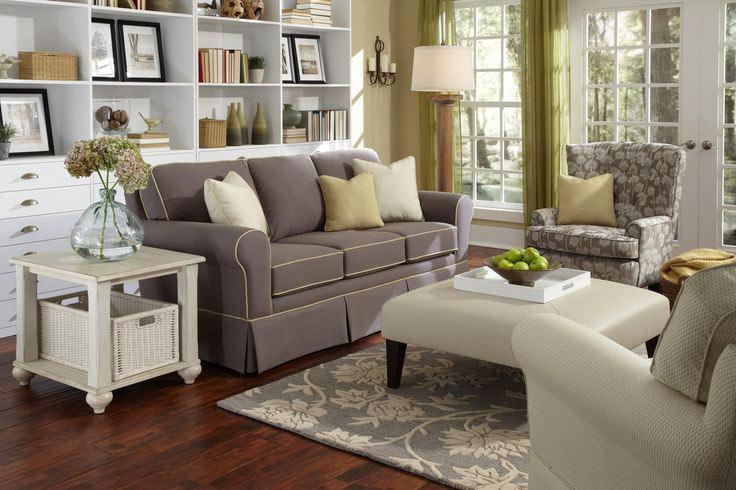 Disposition circulaire des meubles dans le salon