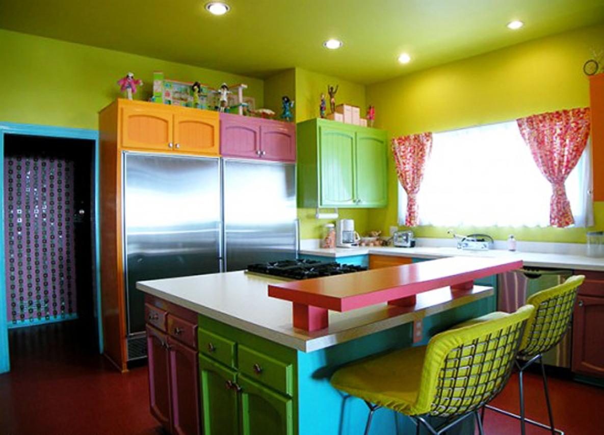 La combinaison de couleurs dans les meubles de cuisine