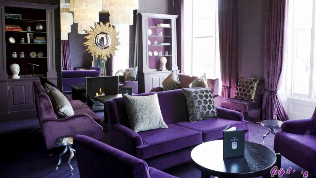 Salon violet dans un style art déco