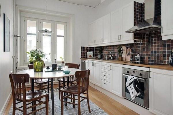 Idée d'intérieur pour une cuisine spacieuse