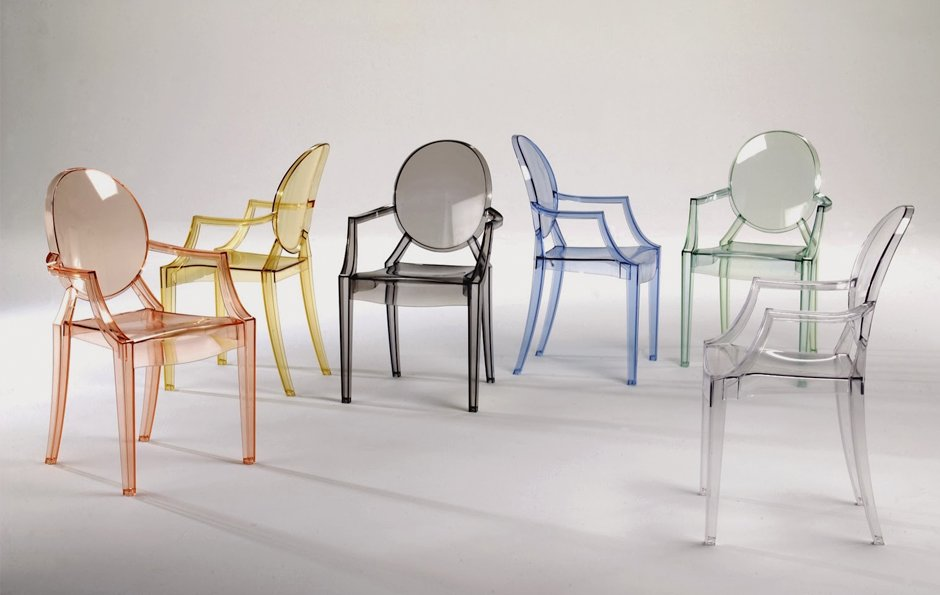 Chaises en plastique fantaisie