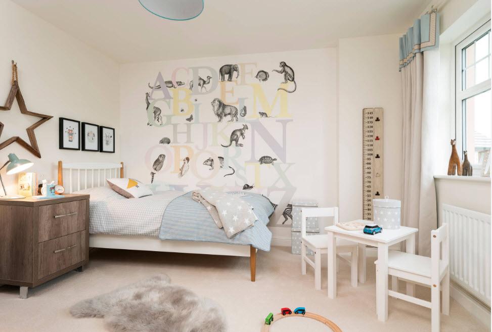 Chambre d'enfant design clair